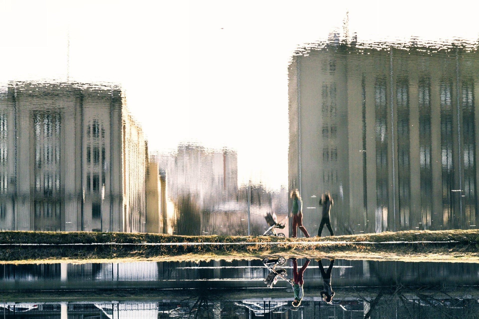 Люди, город, улица, жанр, отражение, дома, вода, человек,, АлександрТутаев