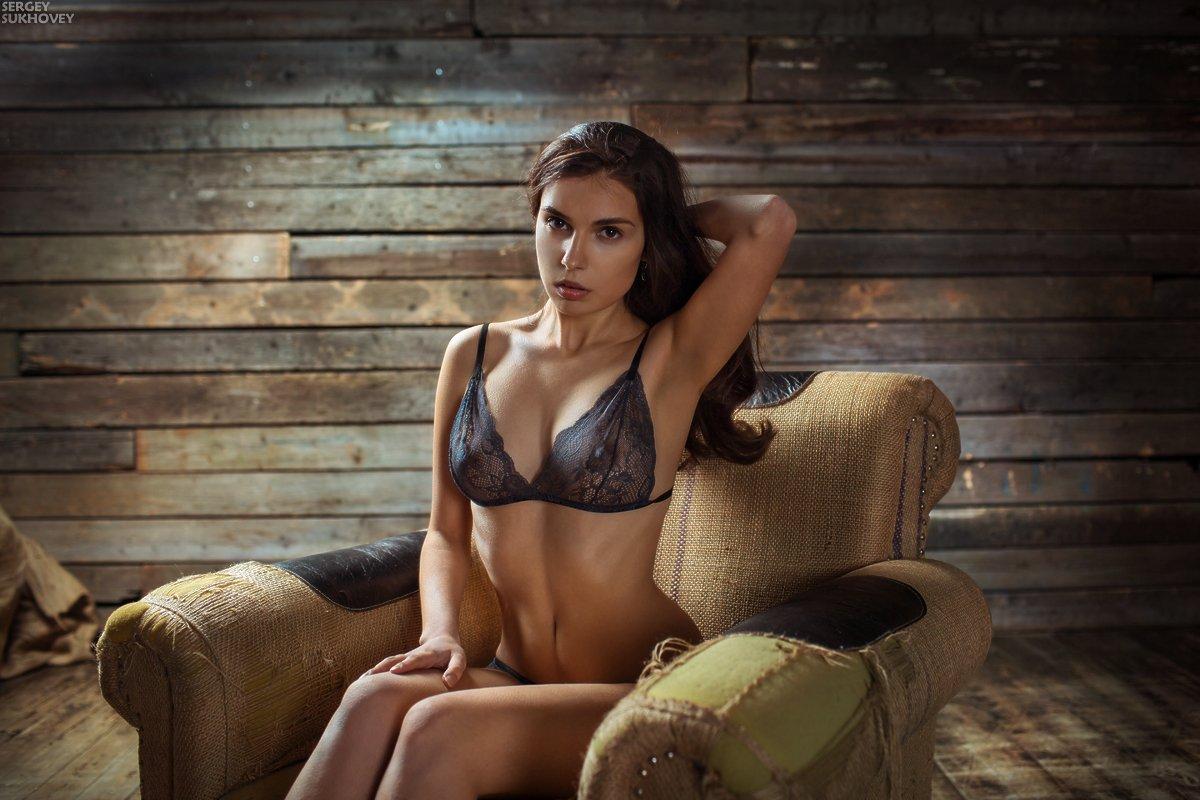 маяк, кресло, белье, девушка в белье, Сергей Суховей