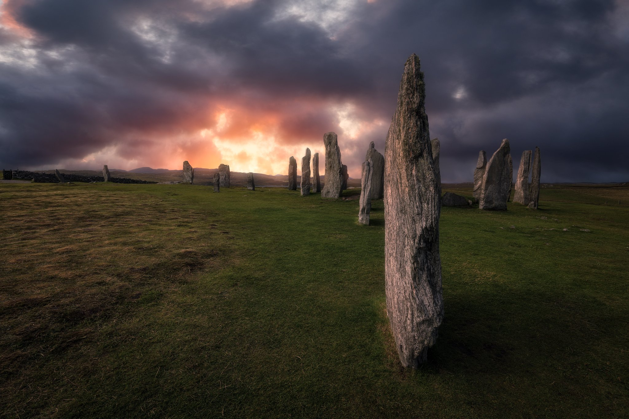 outer, hebrides, callanish, stones, scotland, suset, sky, light, clouds, colors, Maciej Warchoł