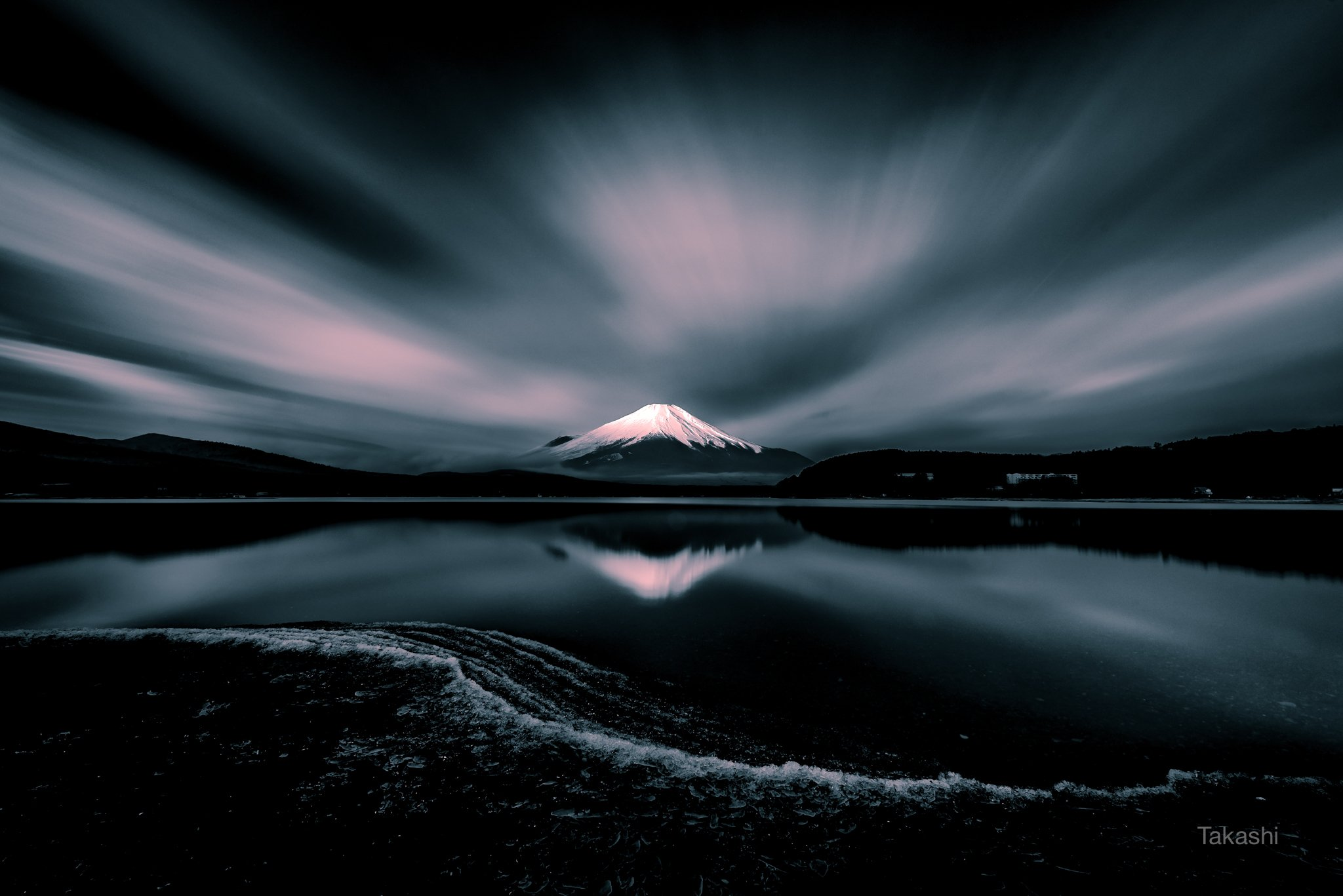 Fuji,Japan,mountain,cloud,ice,lake,water,reflection,snow,beautiful,amazing,, Takashi