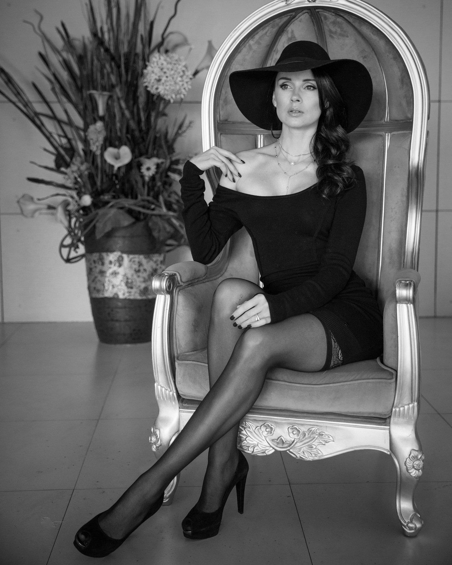model girl soda hat dress lingerie, ЛЕВАН ТАВАДЗЕ