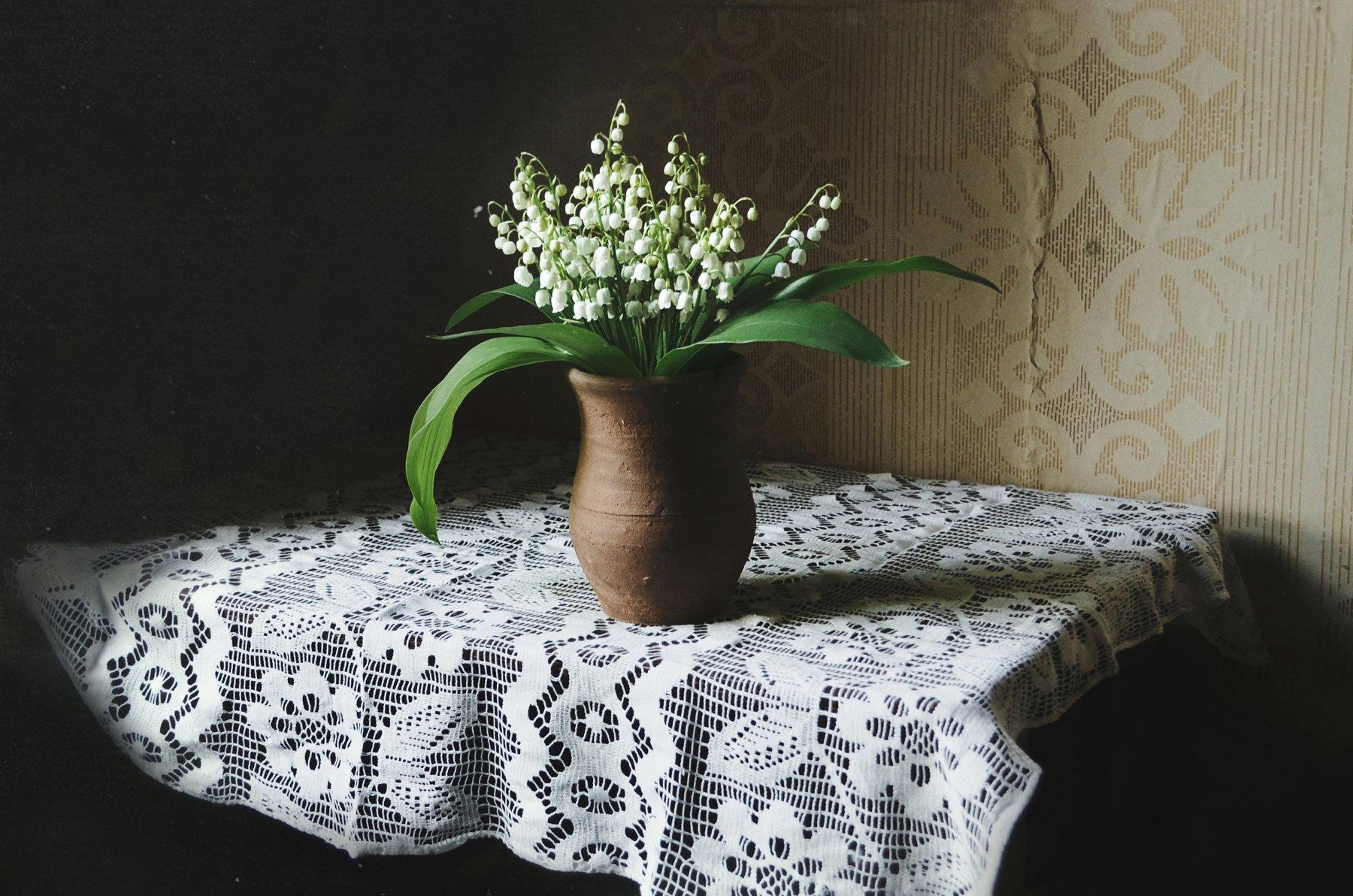 весна, май, ландыши, цветы, горшок, ваза, деревня, анна салтыкова, натюрморт, уют, Анна Сергеевна Салтыкова (Анка)