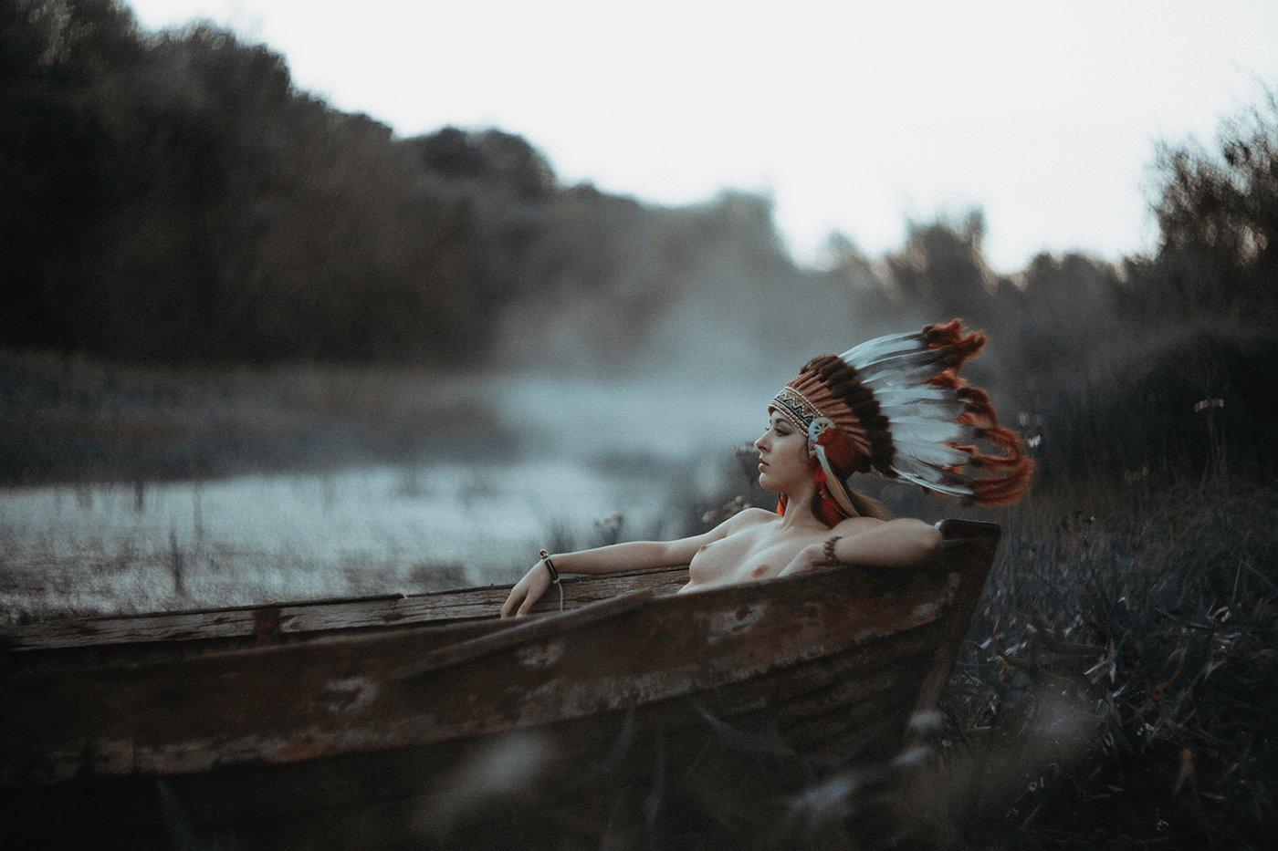Girl, boat, canoe, Indian, hat, nude, Кузовков Александр
