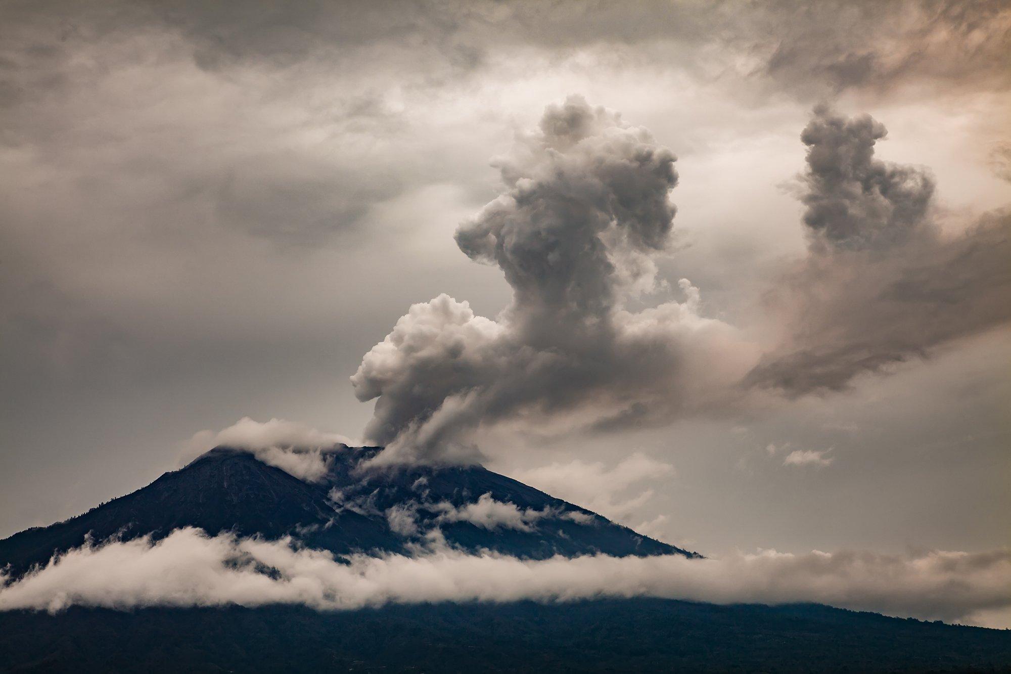 агунг, вулкан, извержение, Антон Петрусь