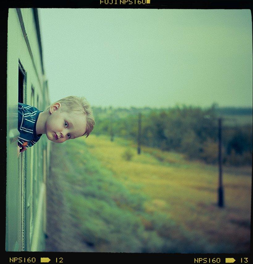 мальчик, поезд, ветер, портрет, юг, пленка, средний формат, Владимир Зотов