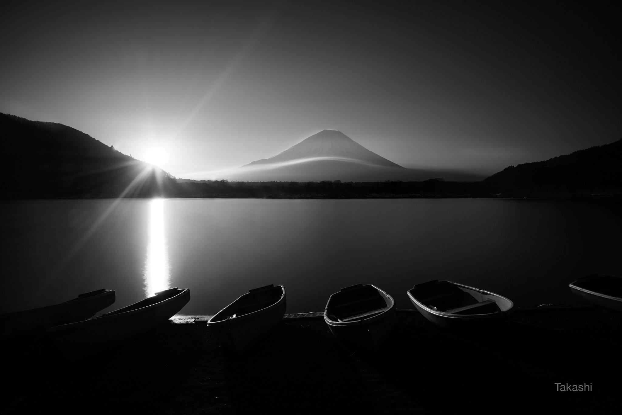 Fuji,mountain,Japan,cloud,lake,water,boat,sun,sunshine,sunrise,morning, Takashi