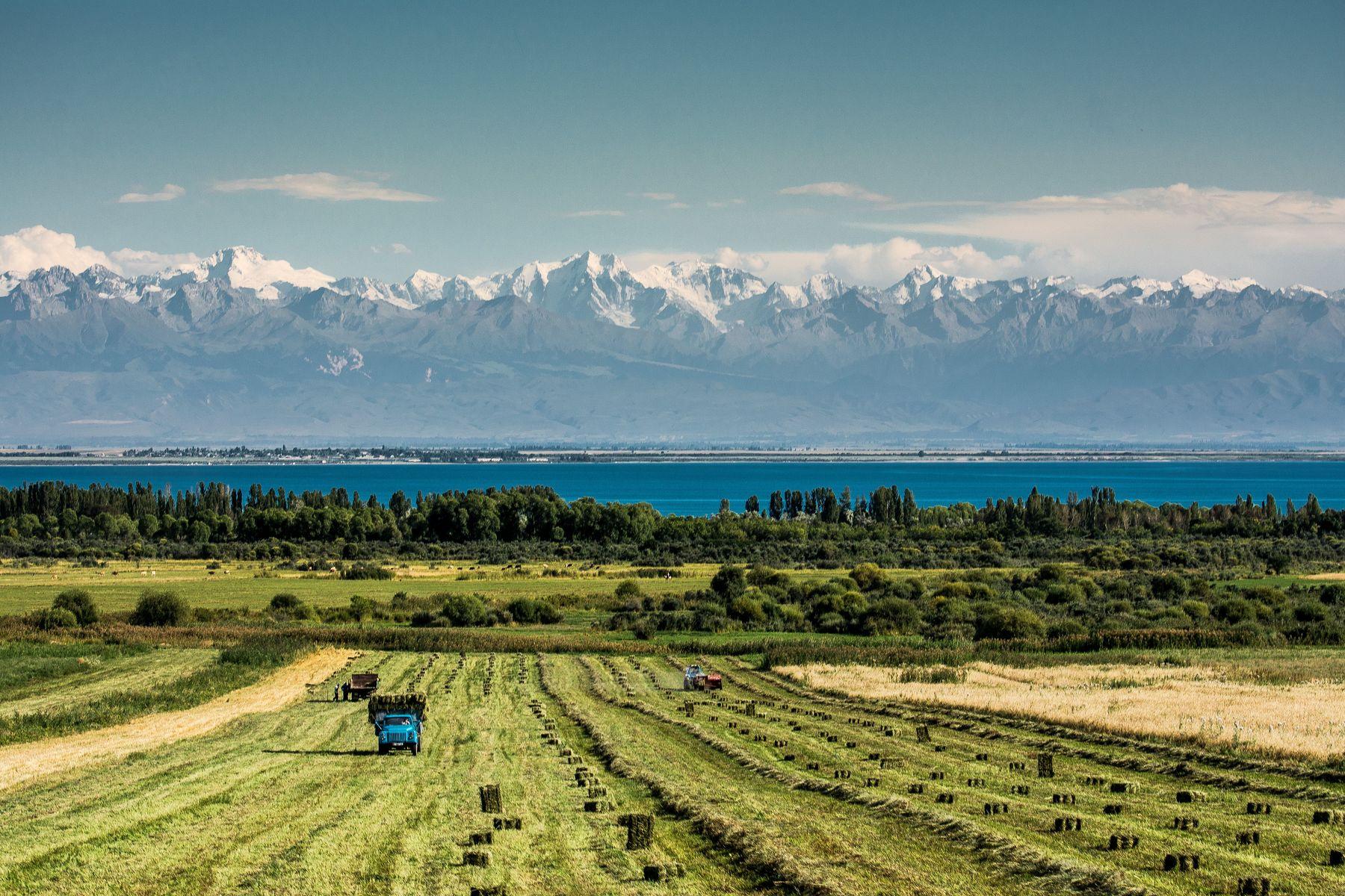 озеро, горы, пейзаж, поля, природа, горы, облака, Василий