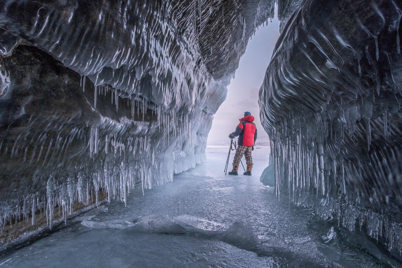 байкал, ольхон, лед, пещера, грот, сосульки, закат, рассвет, зима, кристалл, отражение, сибирь, Максим Рязанцев
