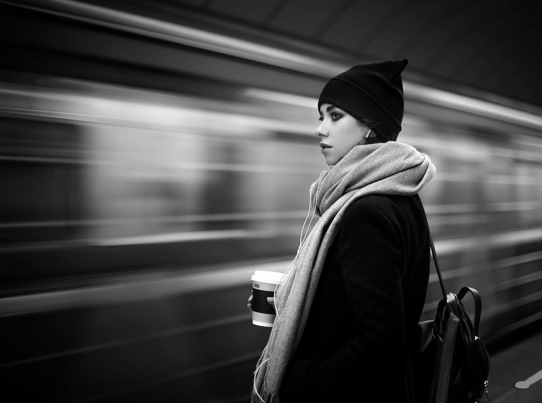 портрет, черно-белое, метро, город, Георгий