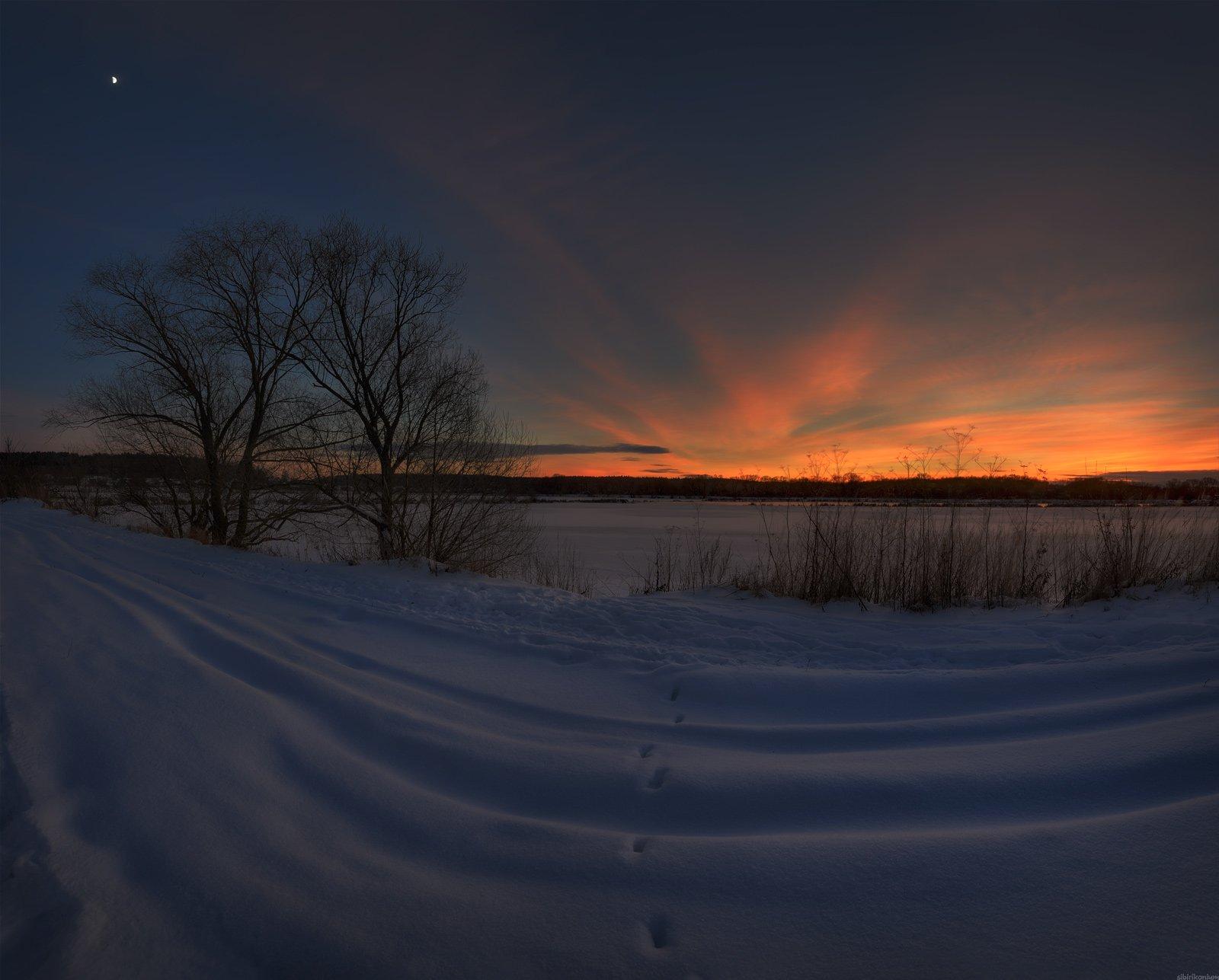 зима пейзаж луна вечер снег закат краски , Морозов Юрий