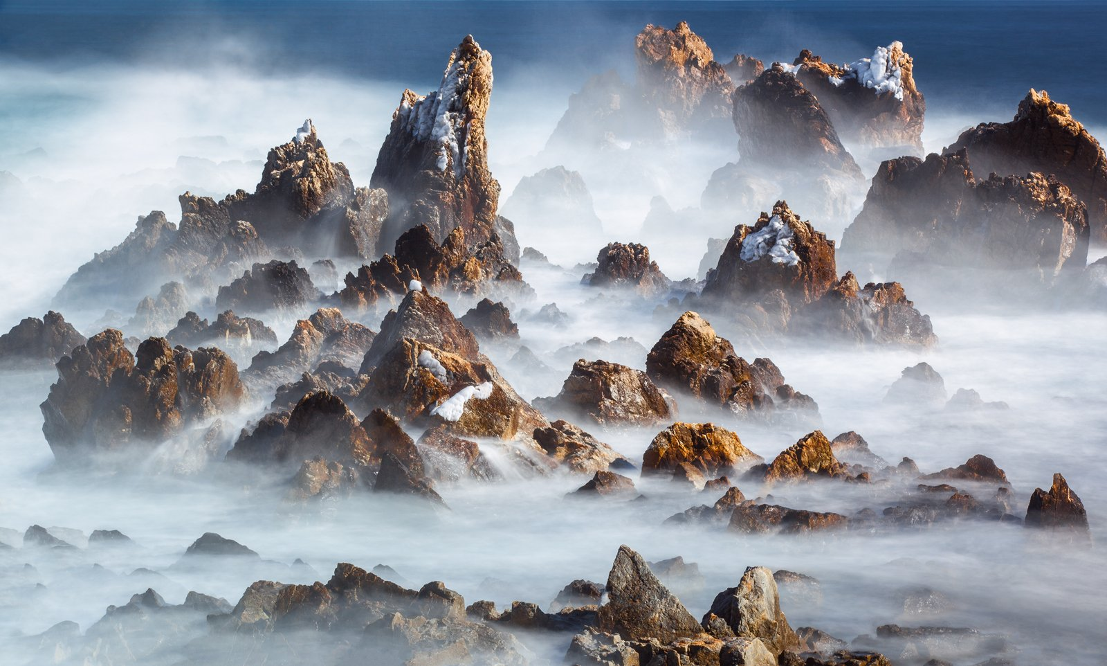 seashore, mountains, rugged, waves, rocks, foggy, clouds, 류재윤