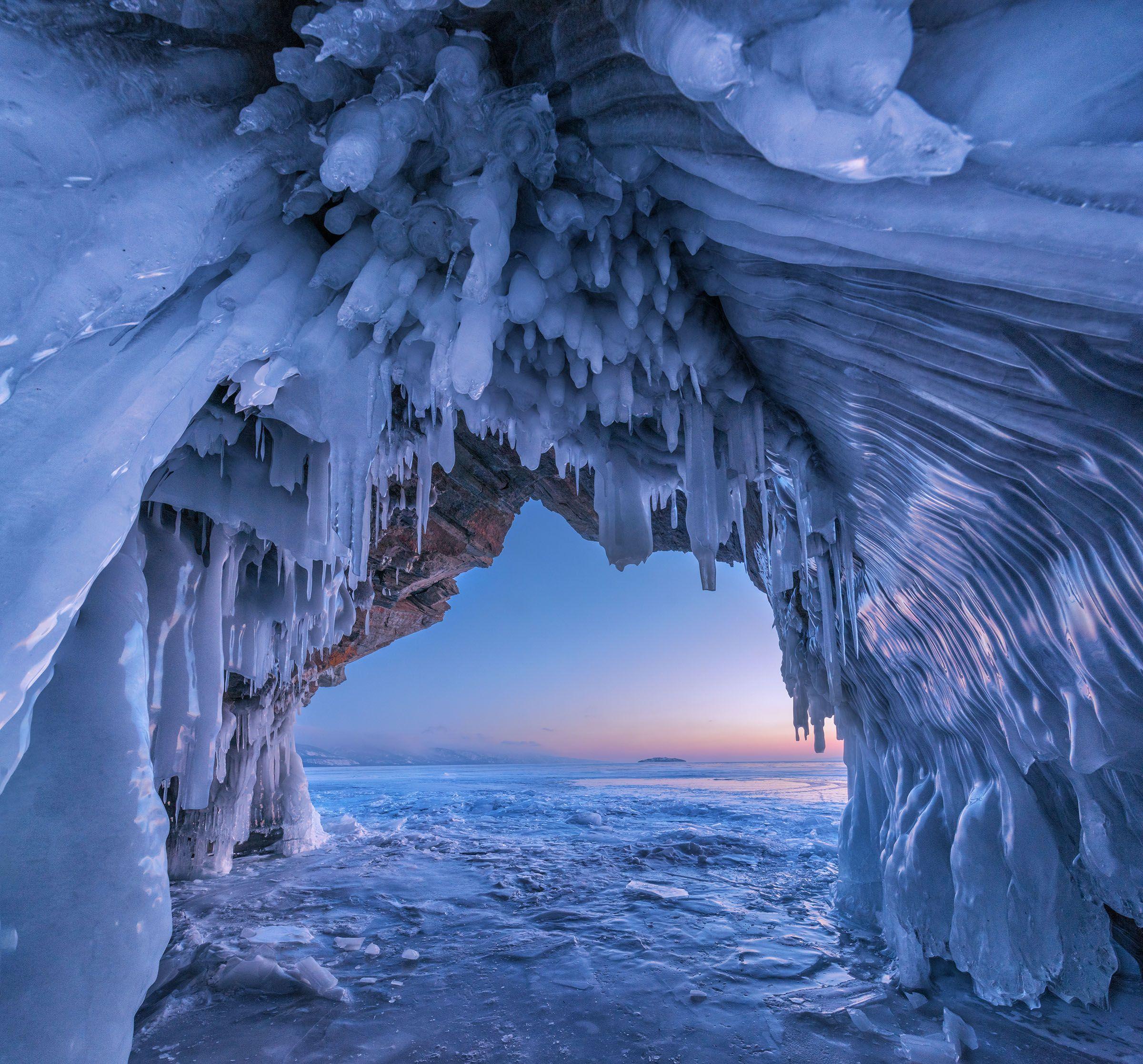 фототуры с владимиром рябковым, зимний байкал, пещеры байкала, лед байкала., Владимир Рябков