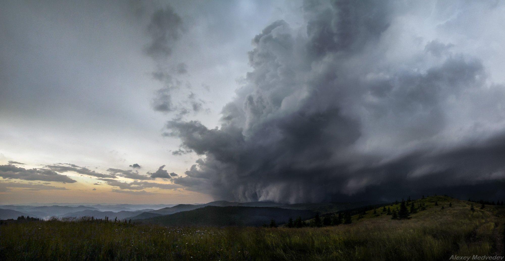 шторм, горы, циклон, облака, буря, гроза, Карпати, полонина, скеля, сонце, Чорногора, зірка, Карпаты,, Алексей Медведев