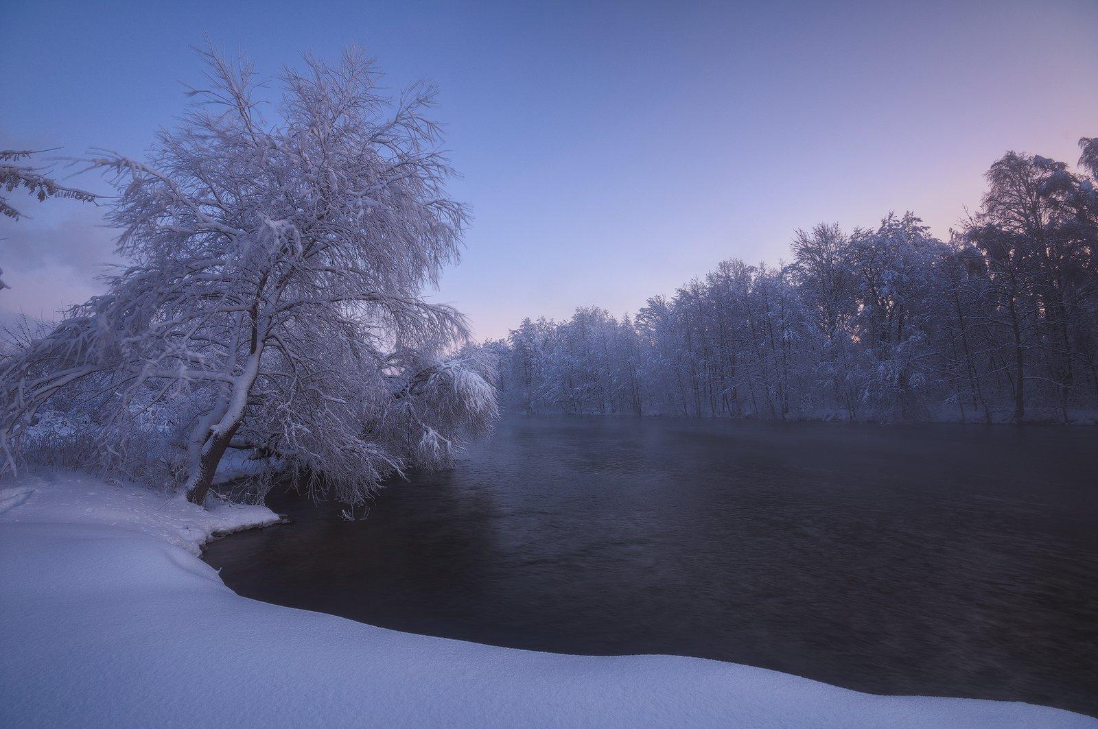 россия, подмосковье, шатура, пейзаж, природа, зима, утро, рассвет, мороз, снег, иней, озеро, вода, пар, деревья, небо, свет, Иван Мухин