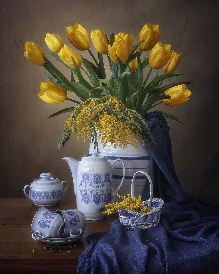 натюрморт, цветы, март, весна, букет, тюльпаны, желтые, мимоза, посуда, Ирина Приходько