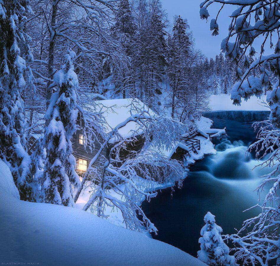 Финляндия, Лапландия, снег, холод, зима, дом, свет, лес, один, вода, река, мельница, путешествия, Lapland, sky, cold, snow, outdoor, travel, explore, finland, night, alone, light, landscape, Максим Сластников