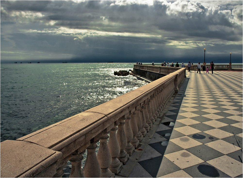 италия, ливорно, гроза  в море., Сергей Гаспарян