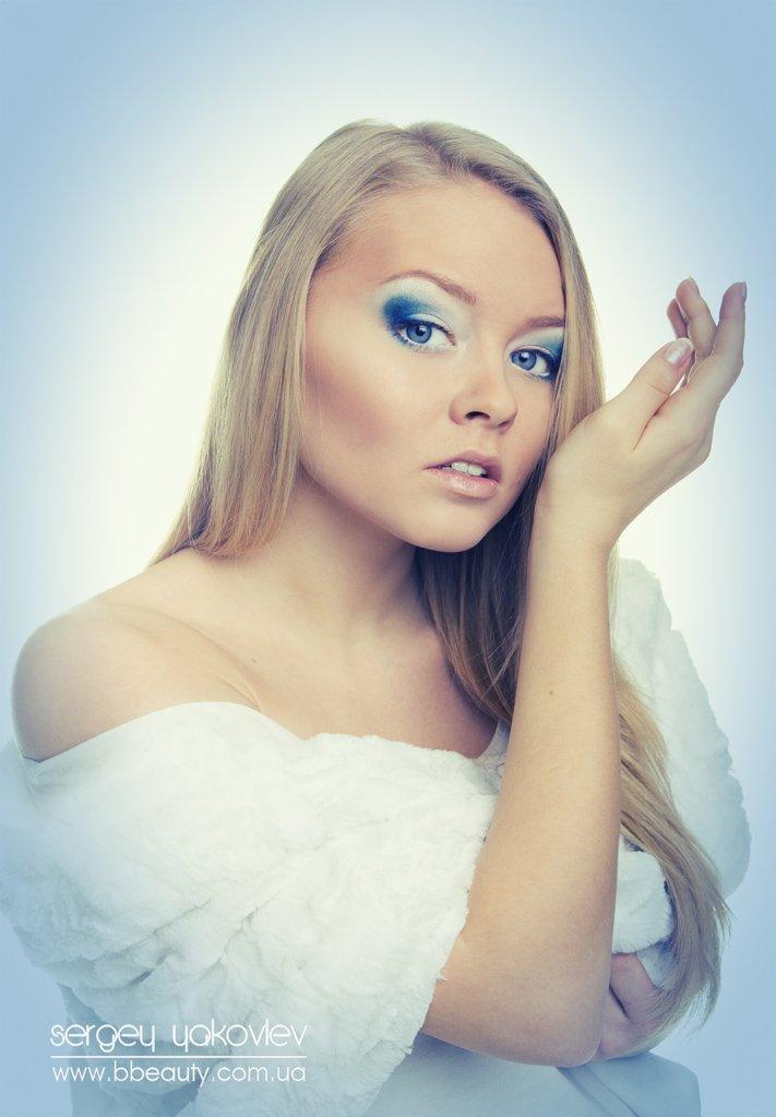 красивая девушка, духи, меха, шуба, изящная, пахнуть, звгляд, красота, красавица, Сергей Яковлев