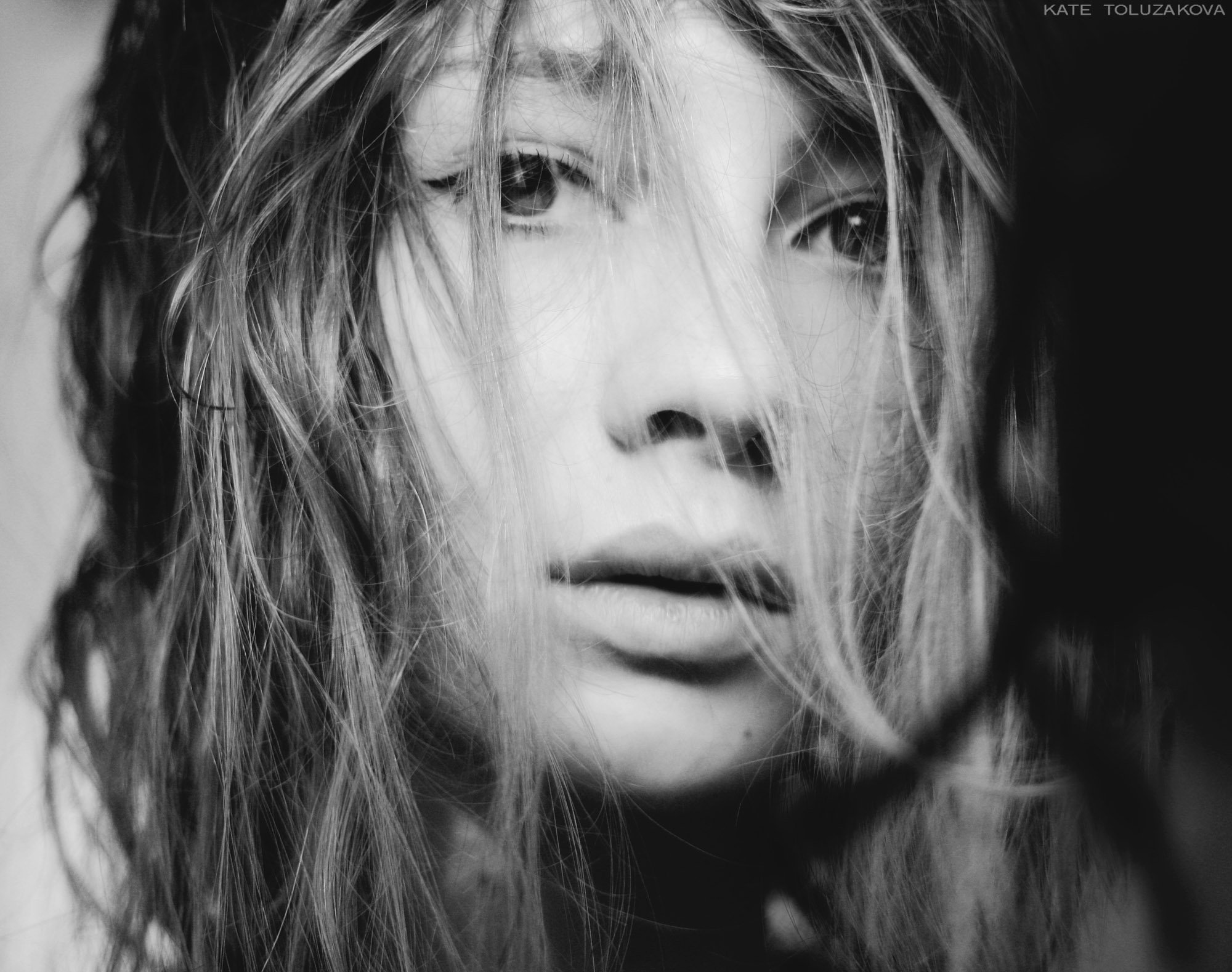 автопортрет,девушка,волосы,локоны,нежность,загадочность,self-portrait, girl, hairs, curls, tenderness, inscrutability,, Екатерина
