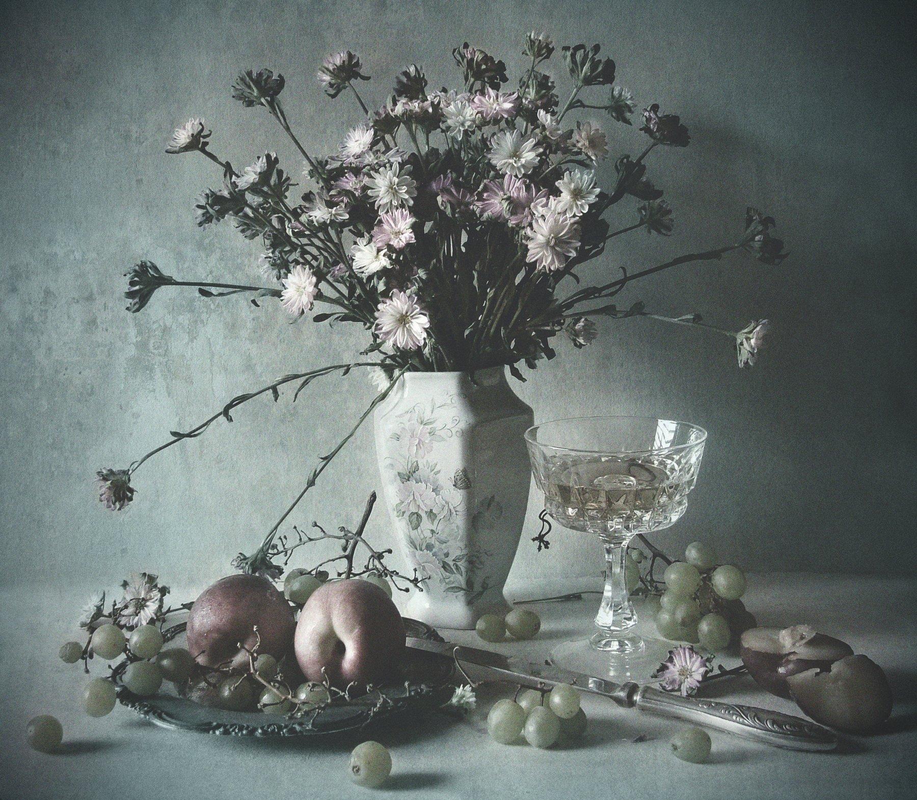 wine, flowers, glass, peach, grape, vase, texture, Andrei Blank