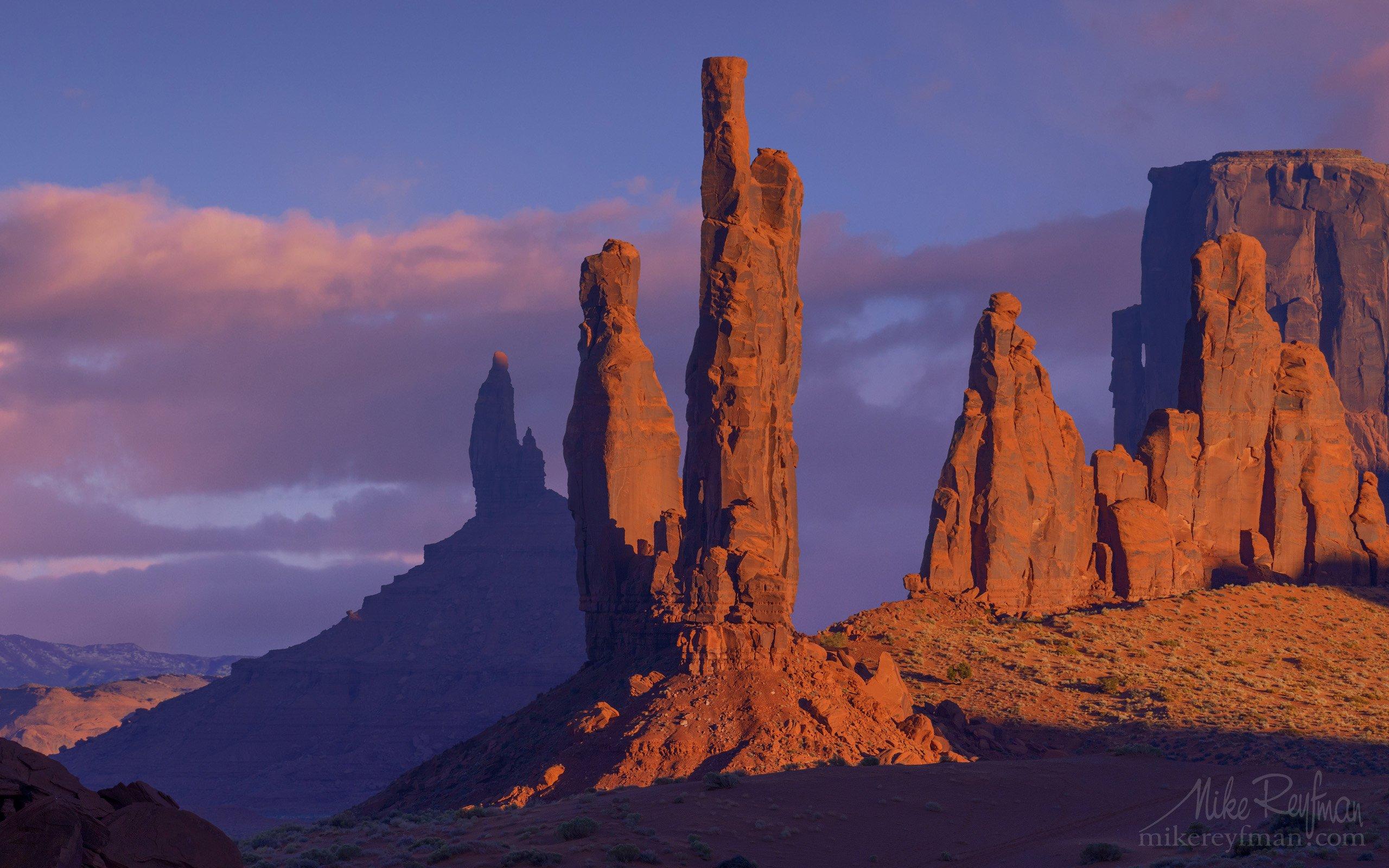 400mm, totem pоle, yei-bi-chei, monument valley, arizona, usa, Майк Рейфман