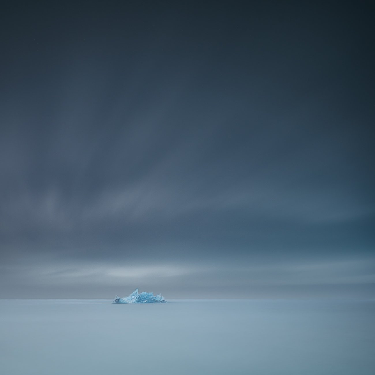 iceland,nikon,zeiss 21mm,iceberg,minimalismus,long exposure,sky,travel,glacier lagoon,felix ostapenko,, Felix Ostapenko