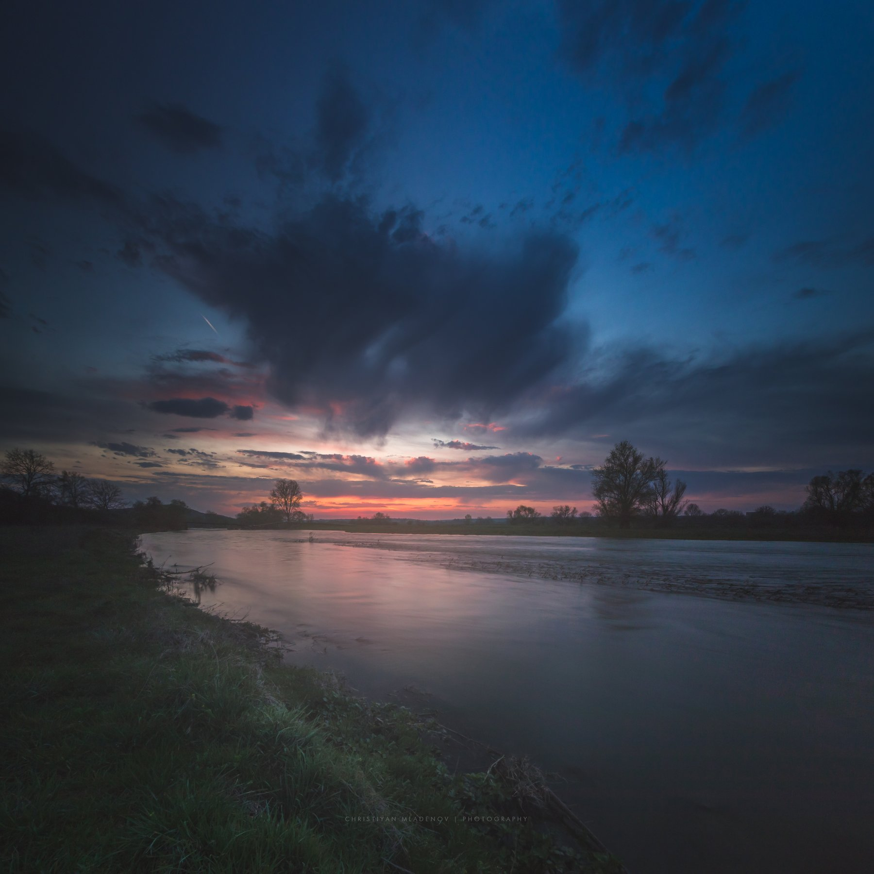 landscape, sunset, bulgaria, river, panorama, nature, long exposure, sun, evening, light, golden hour, warm, colorfull, dreamy, glow, sky, clouds, Кристиян Младенов