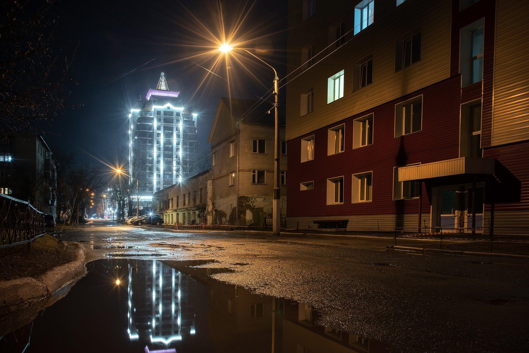 барнаул, апрель, ночь, лужи, дождь, весна, город, отражение, свет, сумерки, пейзаж, алтай, Денис Соломахин