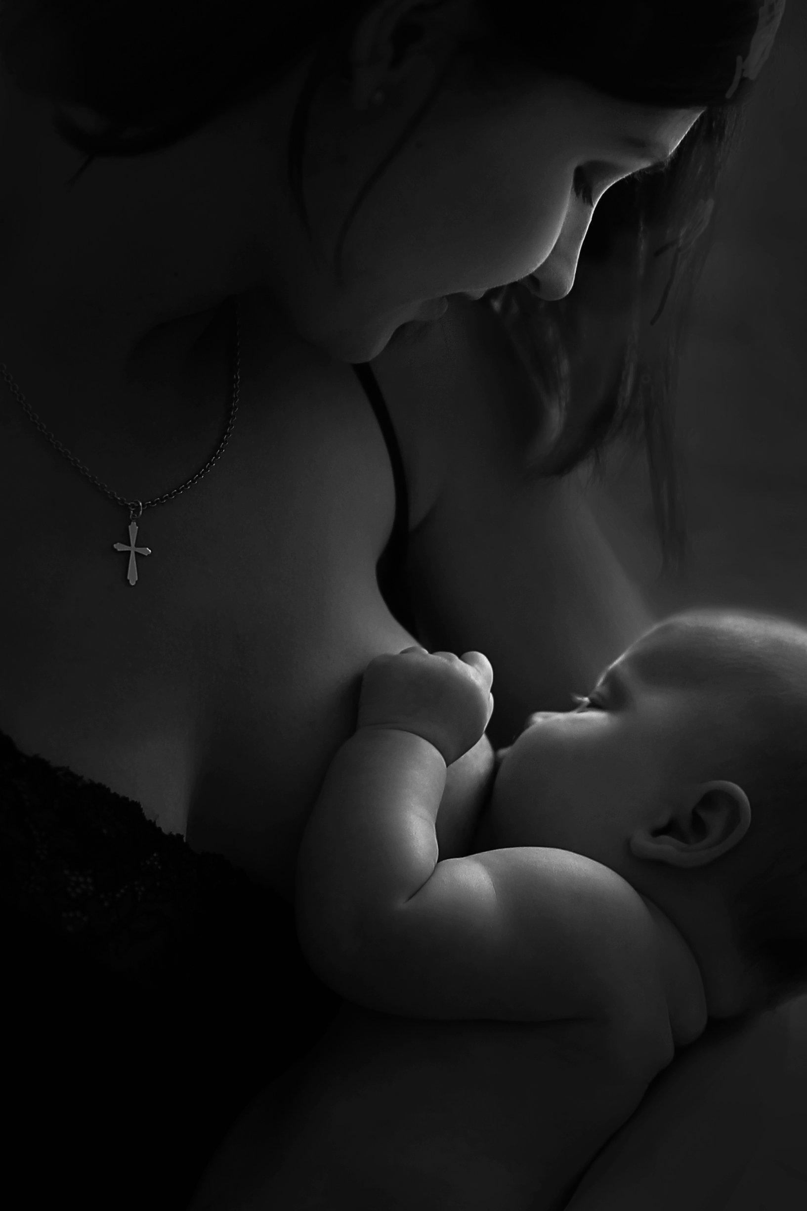 материнство, мама, новорожденный, кормлениегрудью, малышка, единение, Высоцкая Полина