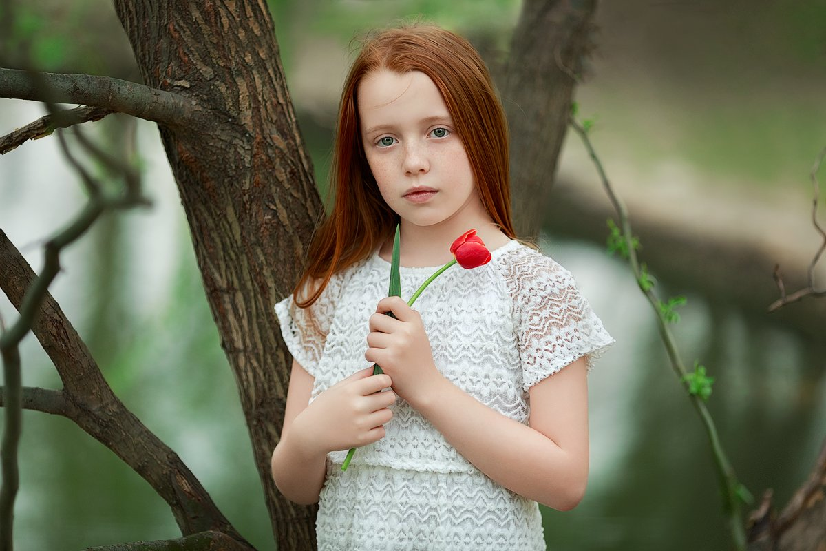 зеркальный фотоаппарат canon markiii, прогулка, фотосессия, детский и семейный фотограф, весна, девочка, праздник, закат, солнышко, улыбка, радость, рыжая девочка, эмоции, счастье, восторг, Францева Ольга