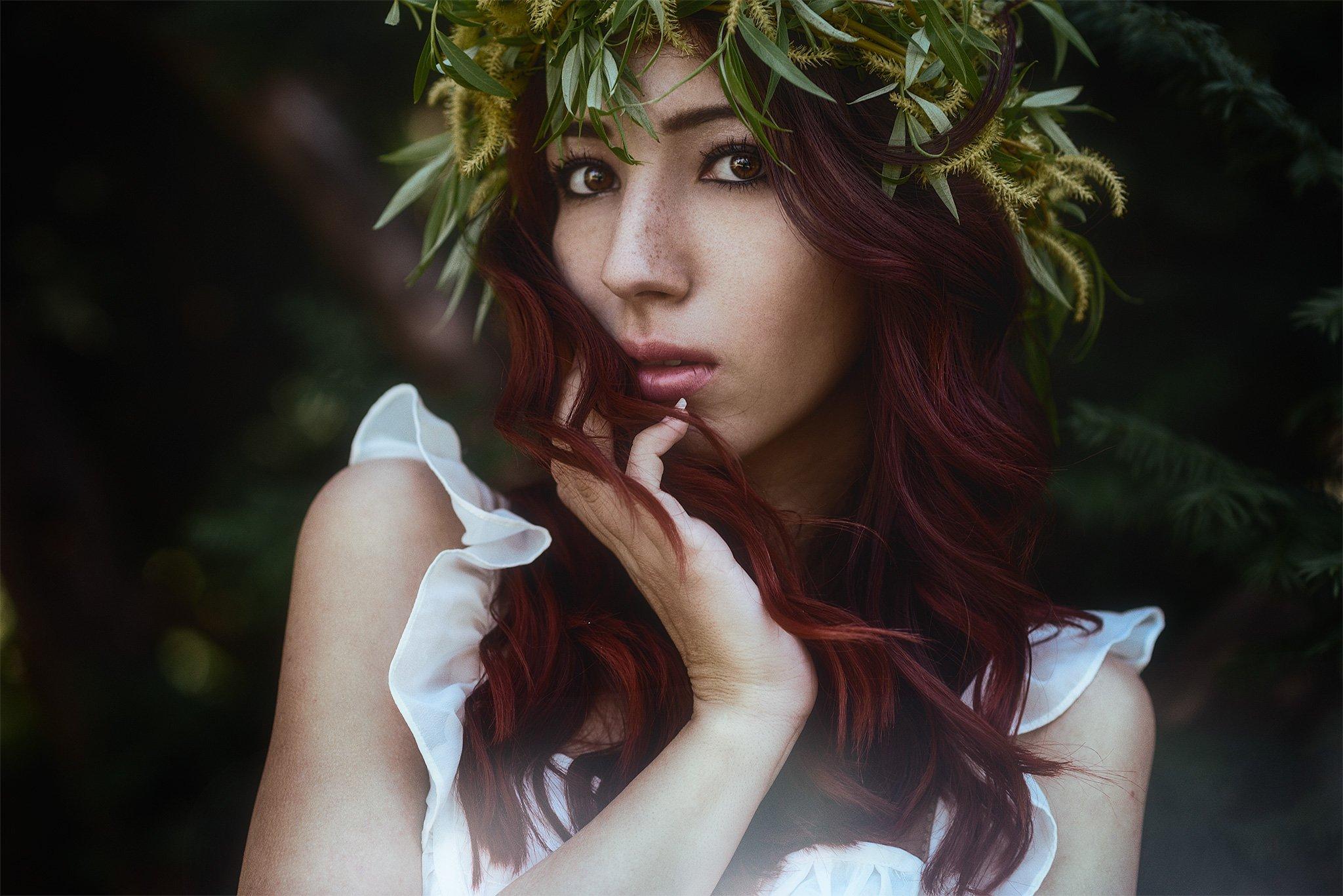 портрет, девочка, листья , Александър Киричев