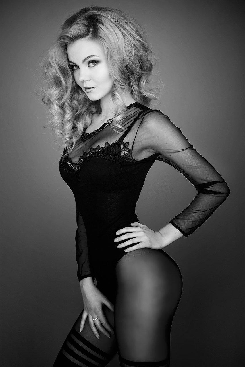 девушка, красивая, фигура, чб, черно-белая, портрет, Комарова Дарья