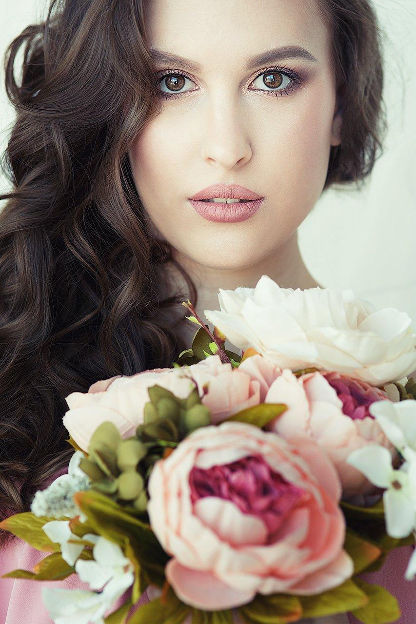 девушка, красивая, цветы, весна, взгляд, губы, красота, мода, Комарова Дарья