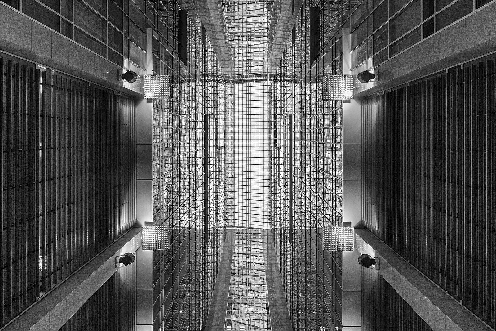 geometry art neverstopexploring прогулки по городу city moscow архитектурное фото architecture archirect building buildings arquitetura архитектура bw, Нина Богатырева