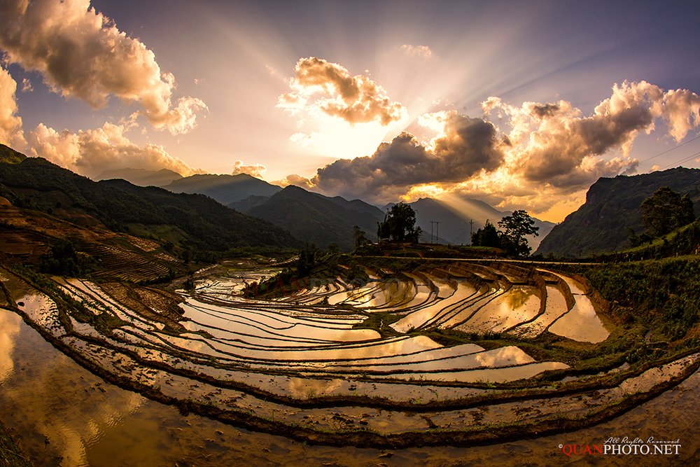 quanphoto, landscape, sunset, sundown, twilight, mountains, rays, sunlight, valley, farming, farmland, agriculture, reflections, watering, highland, vietnam, quanphoto