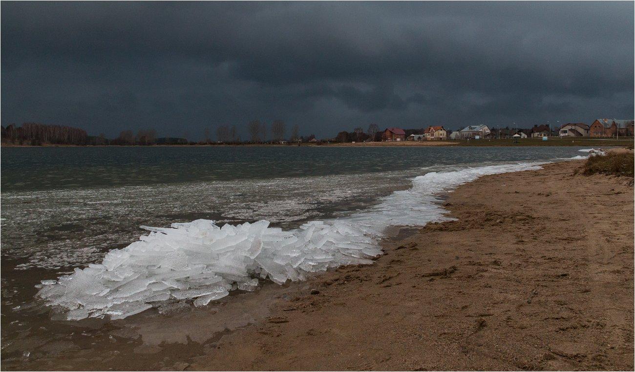 озеро, лёд, тучи, пляж, Куликова Ирина