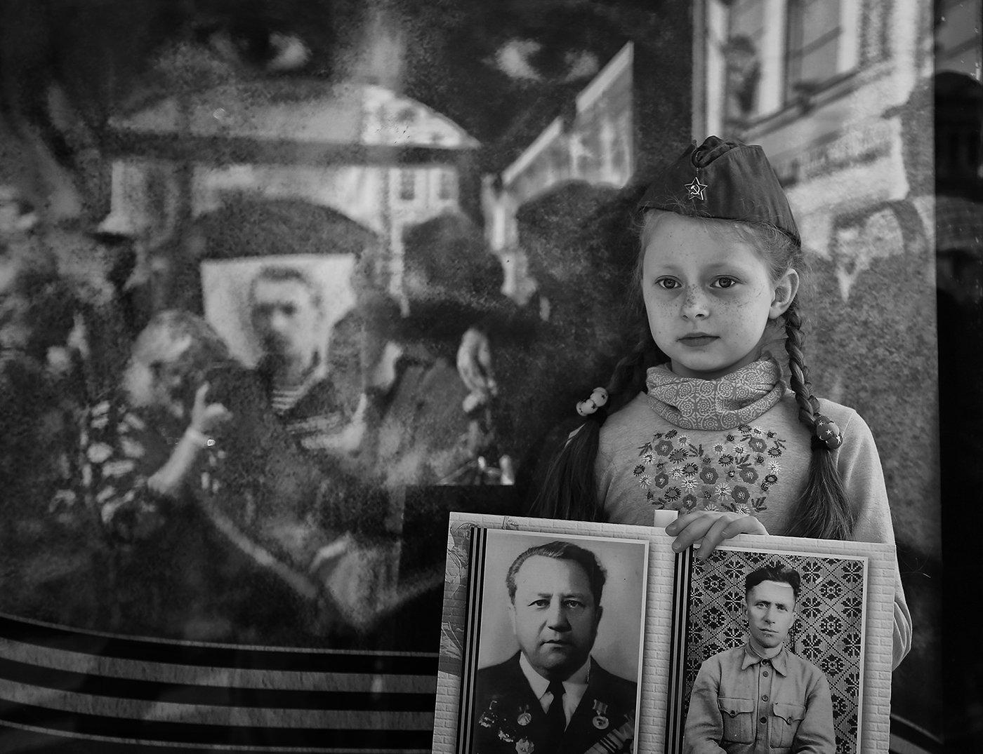 девочка, день победы, 9 мая, питер, бессмертный полк, пилотка, праздник, прадед, веснушки, Alla Sokolova