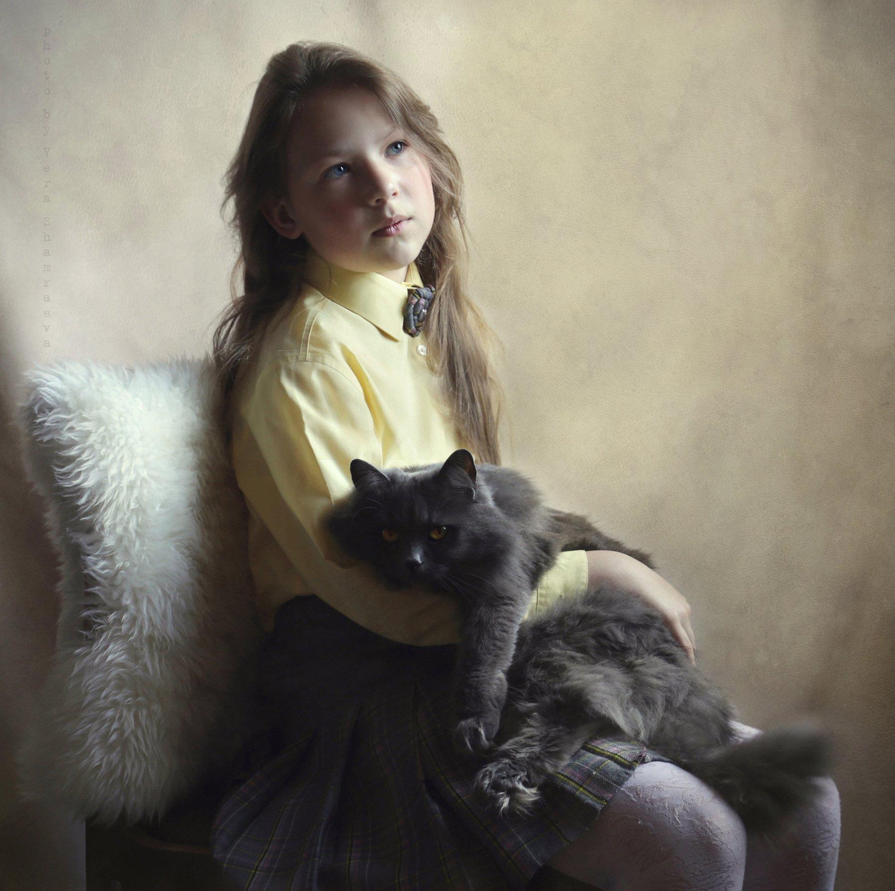 девочка кошка жанр портрет ретро, Вера Шамраева