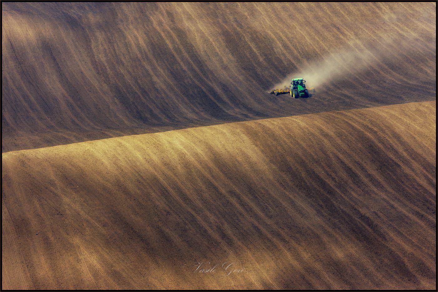 южная моравия,пейзаж,hils,трактор,линии,south moravian,полевые работы,lines,свет,czech,веснa,чехия,landscapes., Василий.
