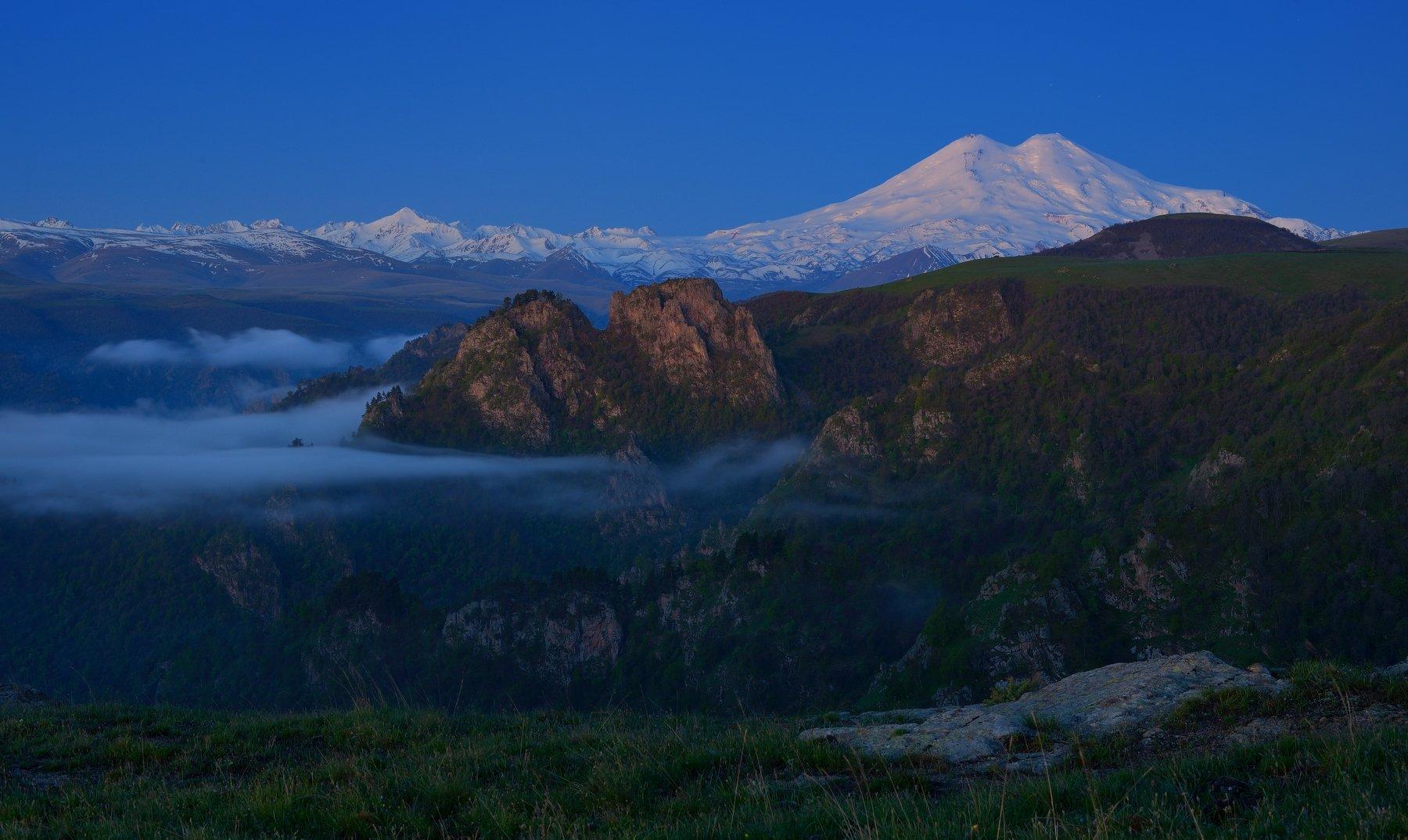 горы лето рассвет эльбрус, Александр Жарников