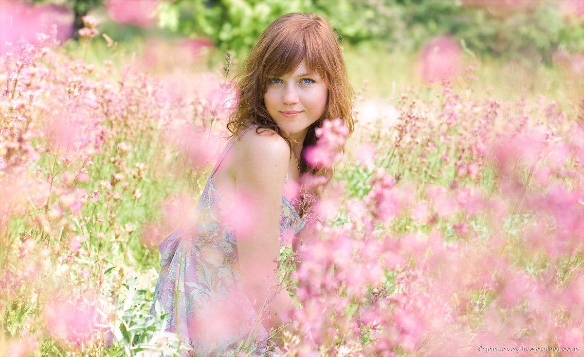 ангел, поле, цветы, лето, Антон Янковой (www.photo-travel.com.ua)