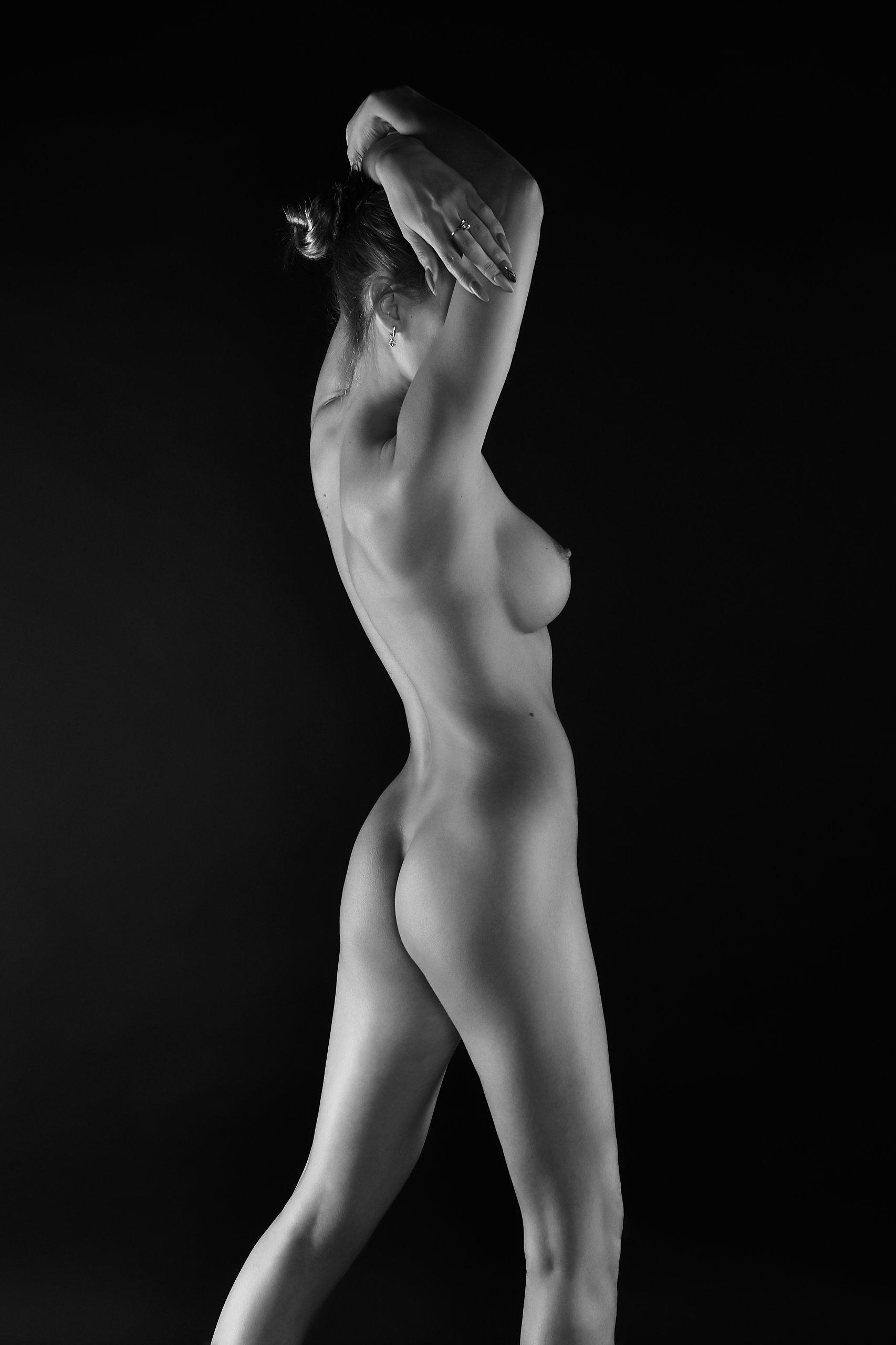 nude, ню, монохром, чб, чернобелое, naked, spotlight, nu, model, girl, dark art, Александр Брент