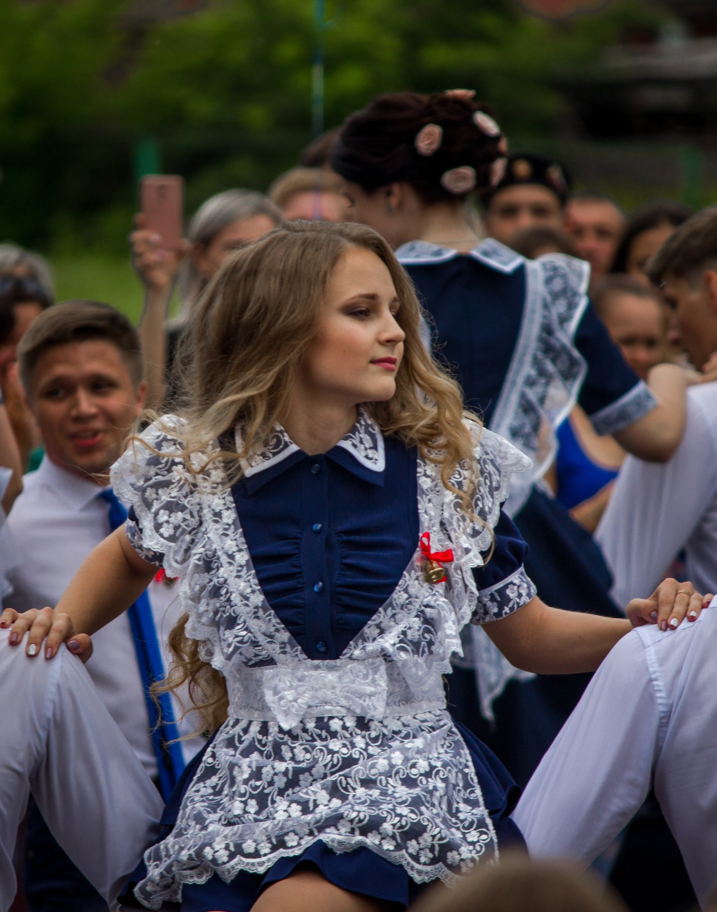 последний звонок, школа, школьники, ученики, девочки, танцы, Руслан Востриков