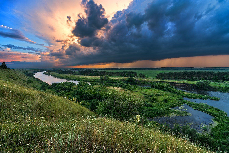 тучи.река,холмы,закат,гроза, Соколов Андрей