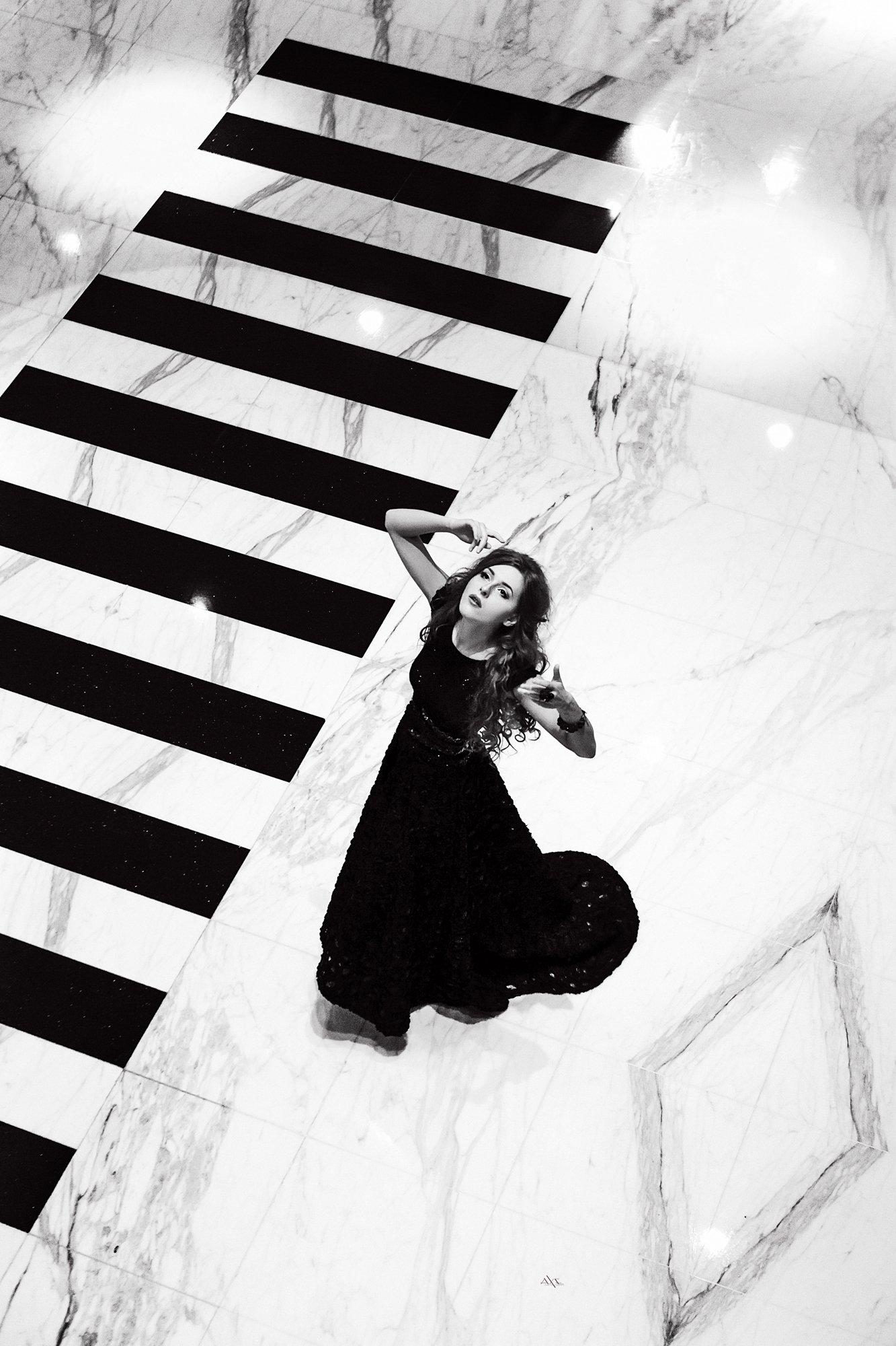 woman, portrait, fashion, black and white, Руслан Болгов (Axe)