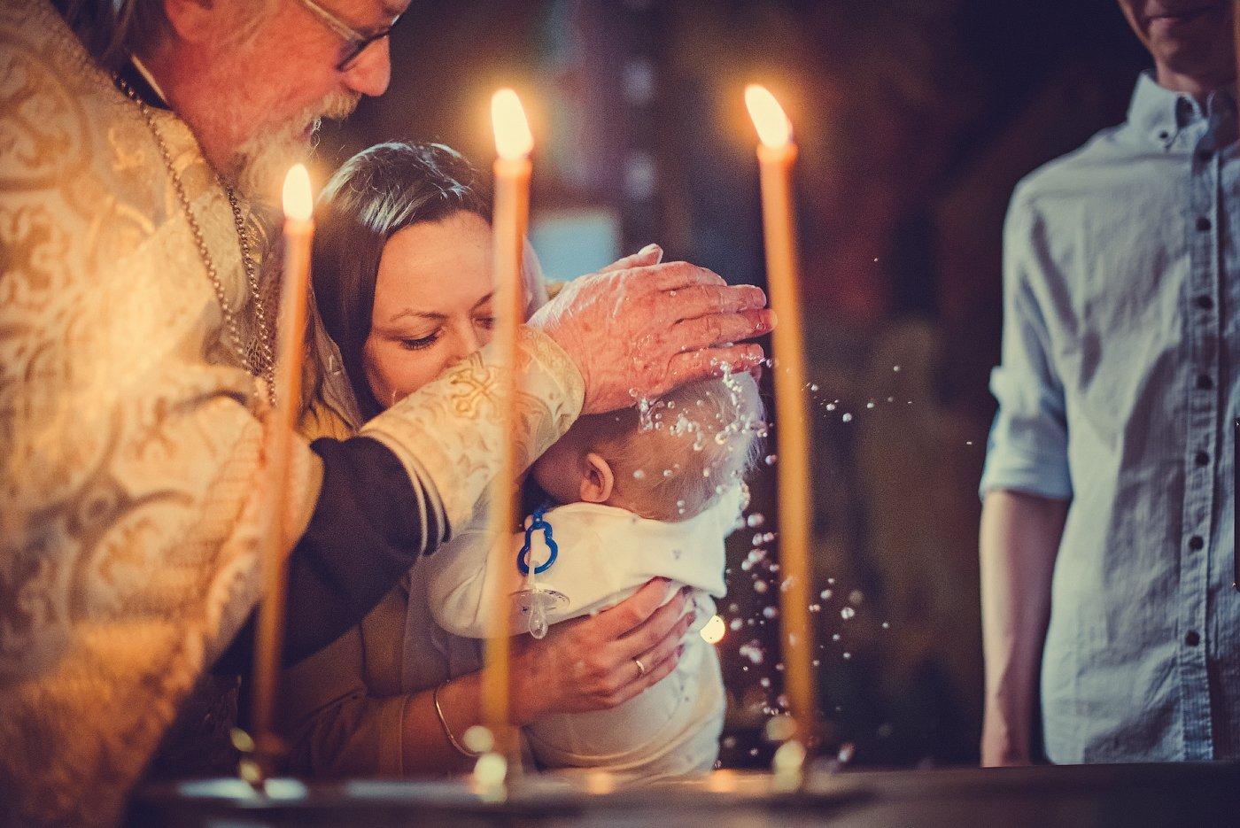 крещение, фотограф на крещение спб, таинство крещения, фотограф спб, таинство, дети, ребенок, малыш, девочка, таинство крещения, крещение ребенка, церковь, храм, крестины, Юлия Полуэктова