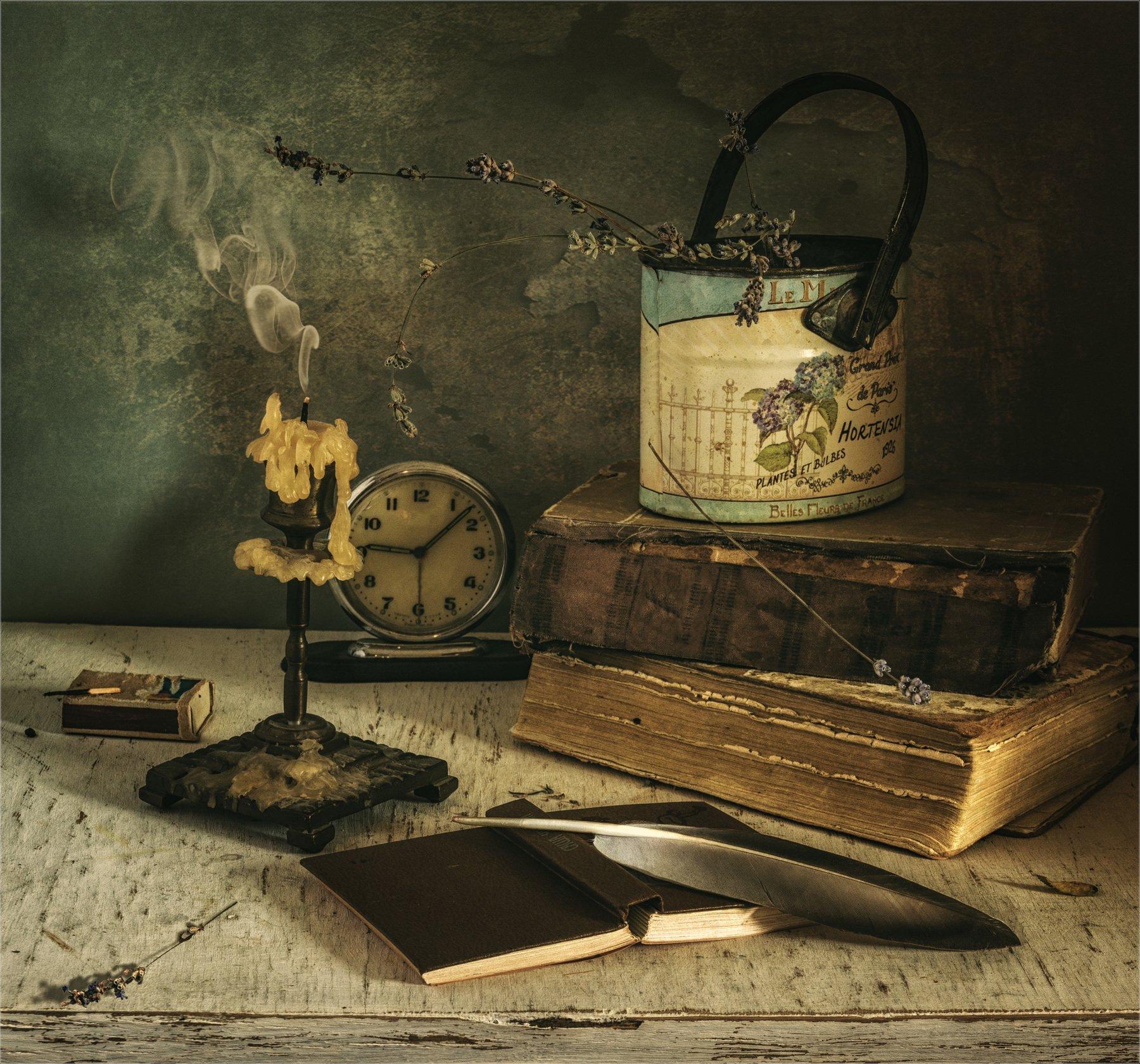 still life, натюрморт, винтаж, ретро, часы, книга, спички, табак, коробка, книги, свеча, подсвечник, дым, ведерко, перо, лаванда, Михаил MSH