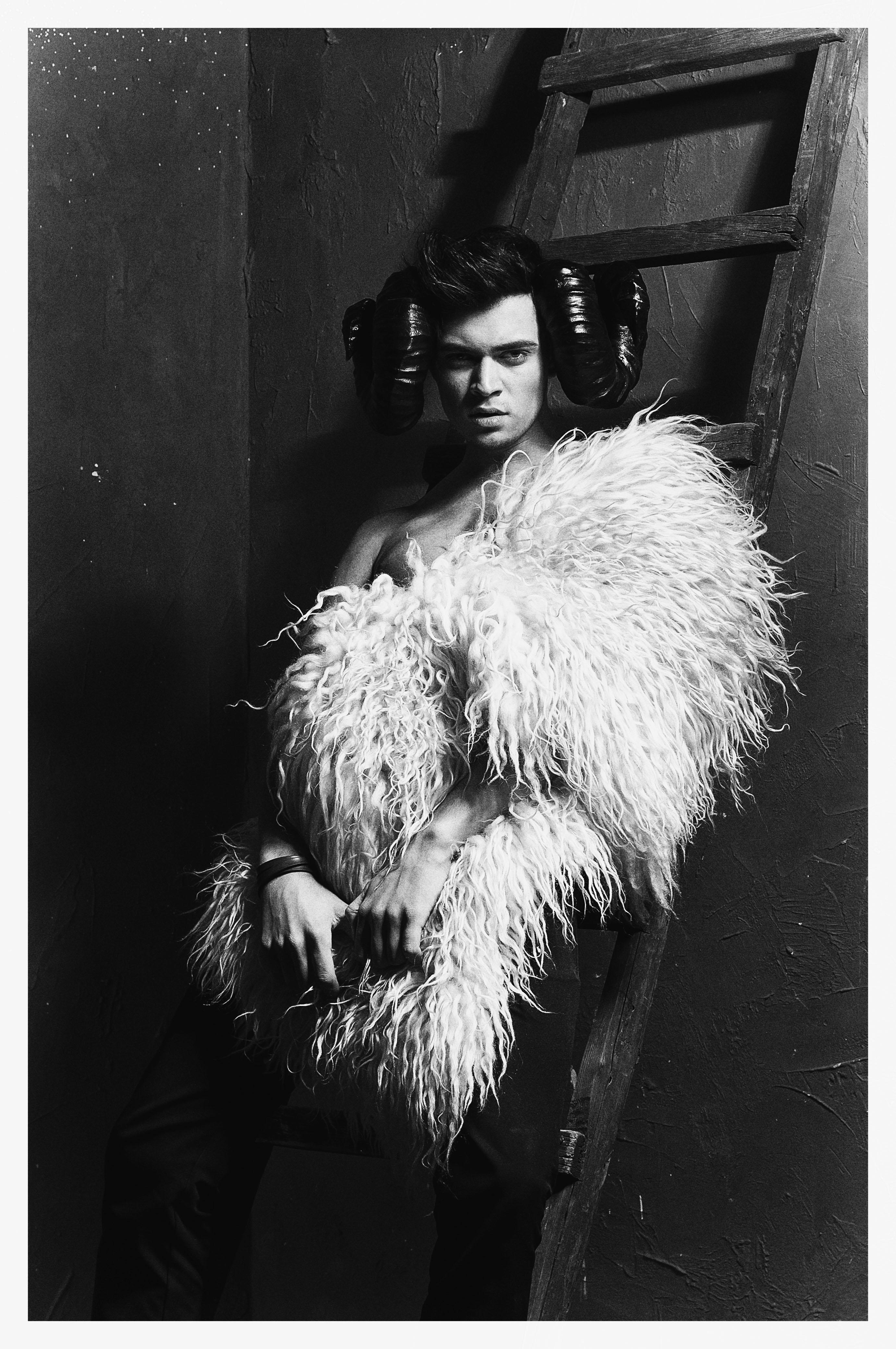 #monochrome #skin #sepia #toned #image #human #face #sleep #girl #model #fashion #young #light #women #cute #black #hair #white #beautiful #beauty #franpolonskiy #france #franpolonskiyphotographer #phfranpolonskiy #mood, Фран Полонский