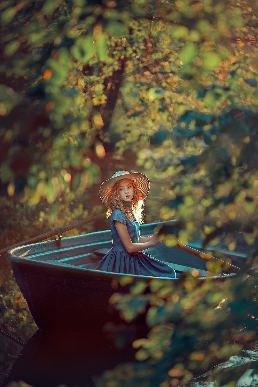 девушка, портретная фотосессия, фотосессия на природе, лодка, на воде, Катрин Белоцерковская