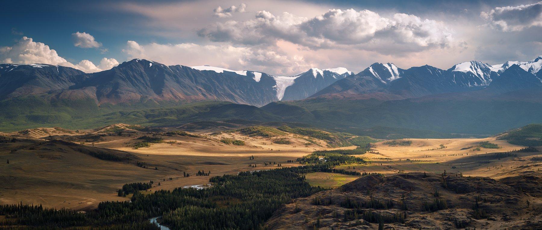 панорама, вид, пейзаж, природа, горы, вершины, хребет, степь, долина, снег, ледники, камни, скалы, высокий, большой, широкий, красивая, Алтай, Сибирь, Россия, река, путешествие, желтый, зеленый, голубой, далекий, panorama, view, landscape, nature, mountai, Дмитрий Антипов